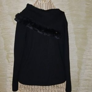 Adrianna Papell knit top with fur